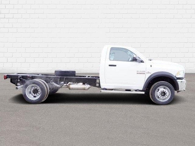 2018 Ram 5500 Regular Cab DRW 4x2,  Cab Chassis #30656 - photo 3
