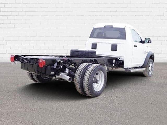 2018 Ram 5500 Regular Cab DRW 4x2,  Cab Chassis #30656 - photo 2