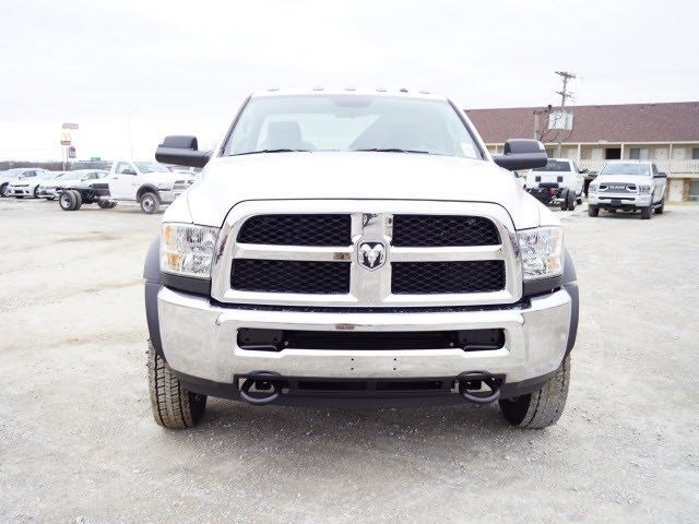 2018 Ram 5500 Regular Cab DRW 4x2,  Cab Chassis #30656 - photo 5