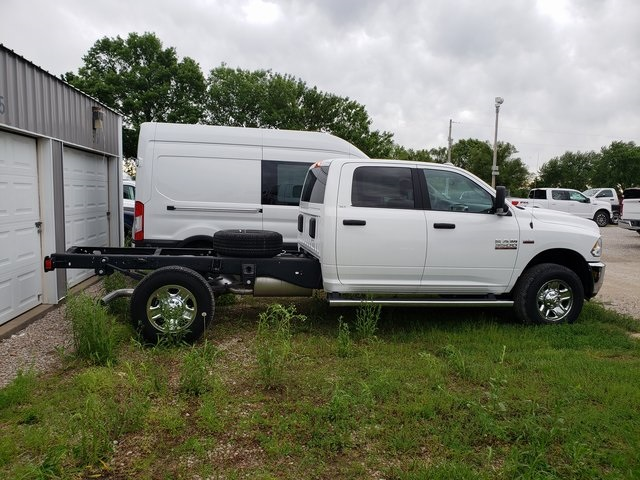 2018 Ram 3500 Crew Cab 4x4,  Cab Chassis #30658 - photo 2