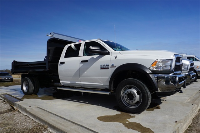 2018 Ram 5500 Crew Cab DRW 4x4,  Knapheide Dump Body #30664 - photo 3