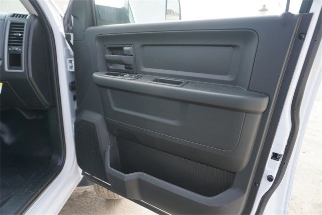 2018 Ram 5500 Crew Cab DRW 4x4,  CM Truck Beds Platform Body #30692 - photo 23