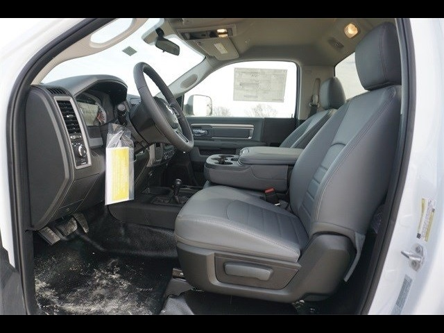 2018 Ram 5500 Regular Cab DRW 4x4,  Cab Chassis #30697 - photo 11