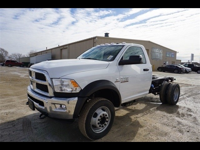 2018 Ram 5500 Regular Cab DRW 4x4,  Cab Chassis #30697 - photo 6