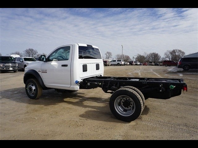 2018 Ram 5500 Regular Cab DRW 4x4,  Cab Chassis #30697 - photo 9