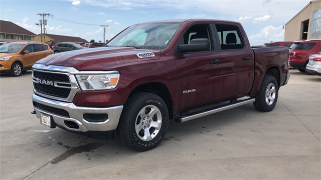 2019 Ram 1500 Crew Cab 4x4, Pickup #40013 - photo 1
