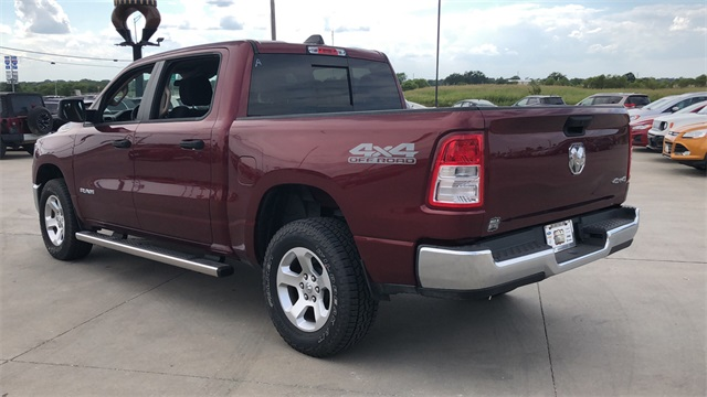 2019 Ram 1500 Crew Cab 4x4,  Pickup #40013 - photo 5