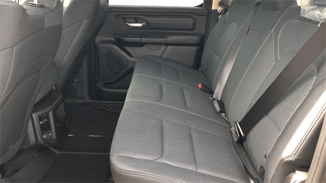 2019 Ram 1500 Crew Cab 4x4, Pickup #40027 - photo 12