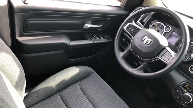 2019 Ram 1500 Crew Cab 4x4, Pickup #40027 - photo 14