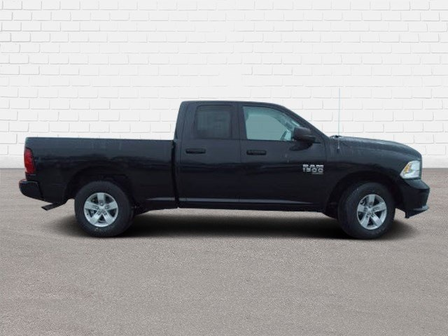 2019 Ram 1500 Quad Cab 4x4,  Pickup #40137 - photo 3
