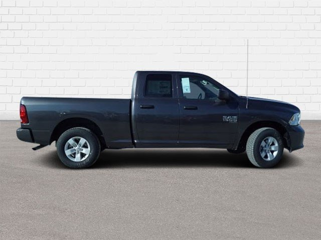 2019 Ram 1500 Quad Cab 4x4,  Pickup #40141 - photo 3