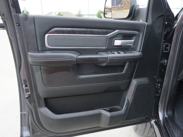 2019 Ram 2500 Crew Cab 4x4,  Pickup #40302 - photo 4
