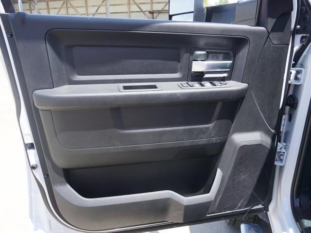 2019 Ram 5500 Crew Cab DRW 4x4, Scelzi SEC Combo Body #40312 - photo 4