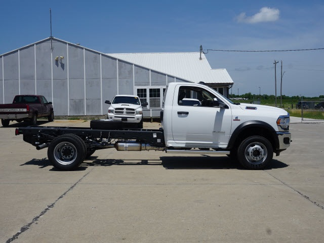 2019 Ram 5500 Regular Cab DRW 4x4, Cab Chassis #40327 - photo 3