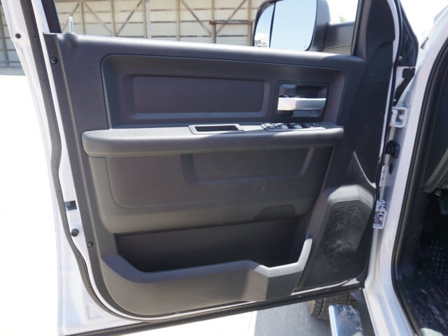 2019 Ram 5500 Crew Cab DRW 4x4,  Knapheide Contractor Body #40368 - photo 4