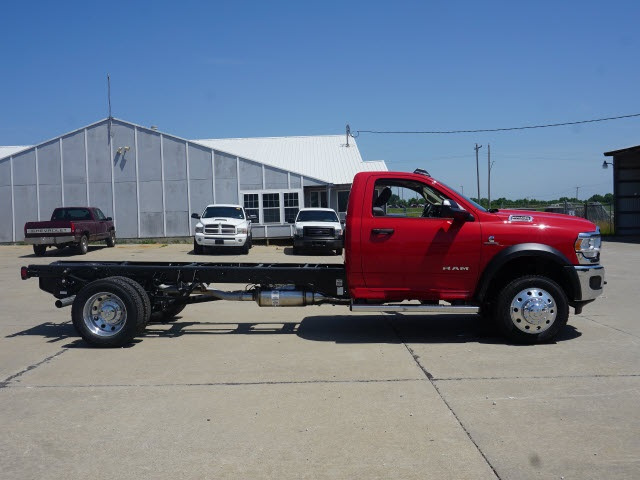 2019 Ram 4500 Regular Cab DRW 4x4,  Cab Chassis #40384 - photo 3