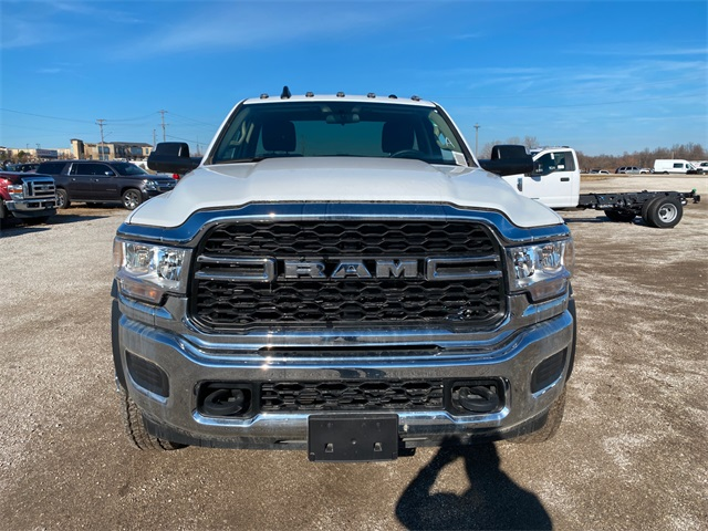 2019 Ram 4500 Regular Cab DRW 4x2, Cab Chassis #40465 - photo 3