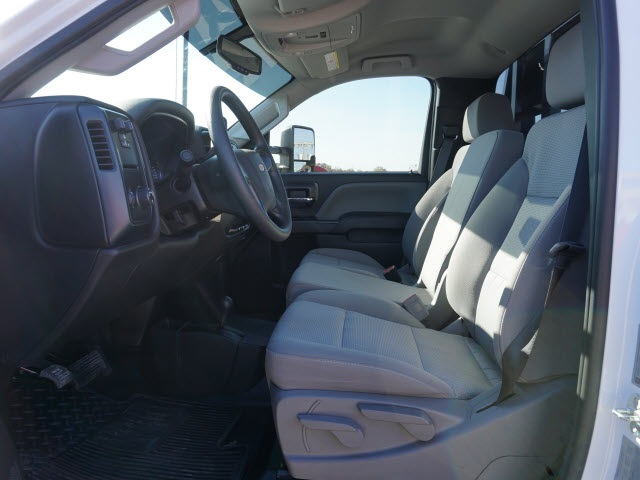 2018 Silverado 3500 Regular Cab DRW 4x4, Bradford Built Platform Body #40677B - photo 9