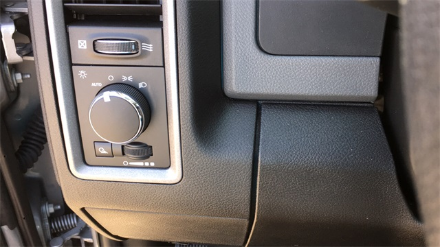 2019 Ram 1500 Crew Cab 4x2, Pickup #40711 - photo 14