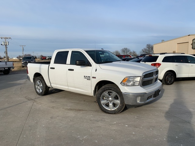 2019 Ram 1500 Crew Cab 4x4, Pickup #40813 - photo 1