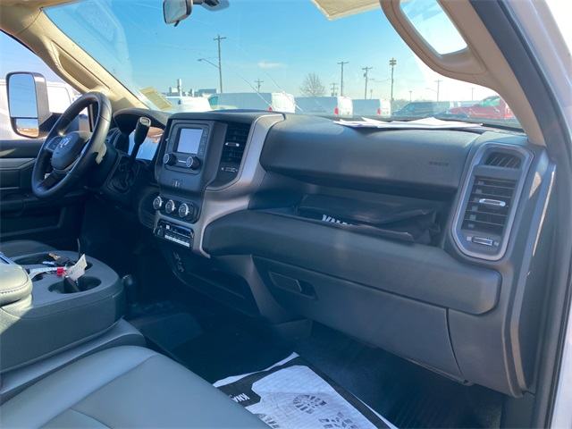 2019 Ram 5500 Regular Cab DRW 4x4, Knapheide Contractor Body #40851 - photo 9