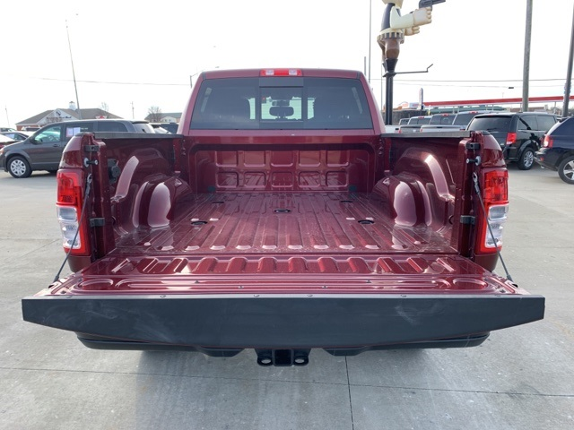 2020 Ram 2500 Crew Cab 4x4, Pickup #50067 - photo 6