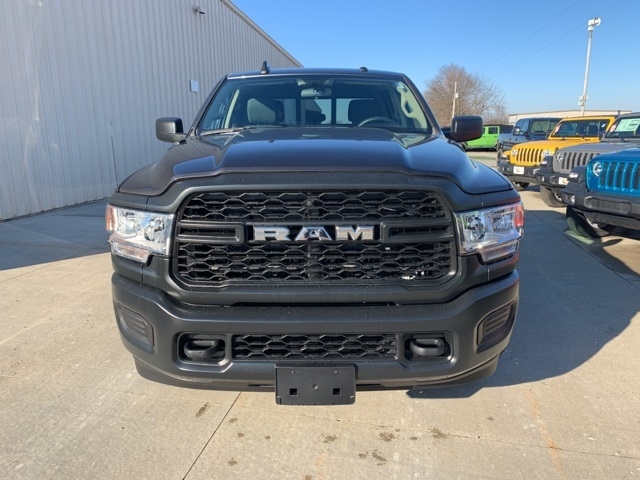 2020 Ram 2500 Crew Cab 4x4, Pickup #50084 - photo 3