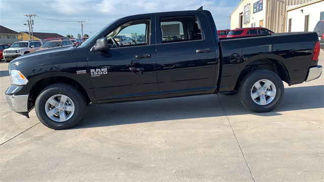 2020 Ram 1500 Crew Cab 4x4, Pickup #50197 - photo 6