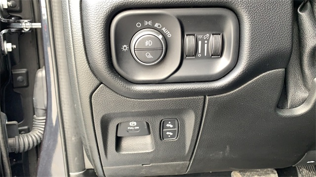 2019 Ram 1500 Crew Cab 4x4, Pickup #60071A - photo 20