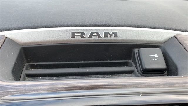 2019 Ram 1500 Crew Cab 4x4, Pickup #60071A - photo 25