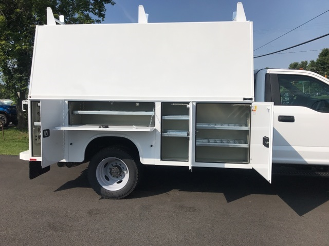 2019 F-550 Regular Cab DRW 4x4, High Roof Enclosed Service Body  #YA08741 - photo 11