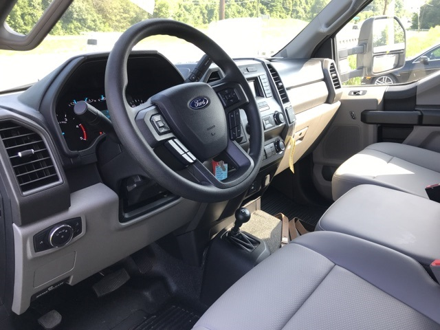 2019 F-550 Regular Cab DRW 4x4,  Knapheide KUVcc Service Body #YA08741 - photo 12