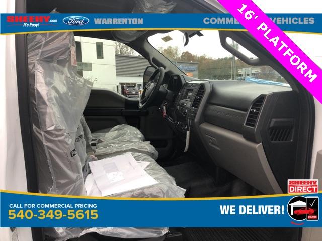 2019 Ford F-550 Regular Cab DRW 4x2, Knapheide Value-Master X Platform Body #YA27173 - photo 5