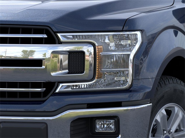 2020 F-150 SuperCrew Cab 4x4, Pickup #YB06091 - photo 18