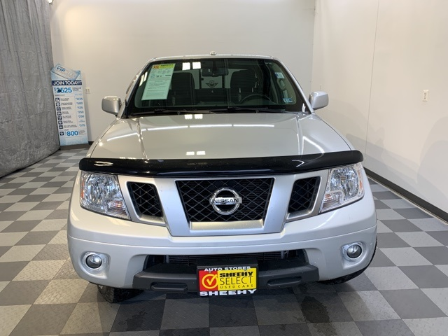 2016 Frontier Crew Cab 4x4, Pickup #YB06267A - photo 2
