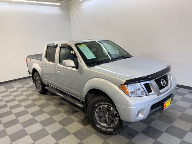 2016 Frontier Crew Cab 4x4, Pickup #YB06267A - photo 3