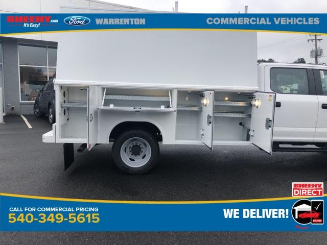 2020 Ford F-550 Crew Cab DRW 4x4, Reading Panel Service Body #YC55451 - photo 8