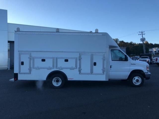 2019 E-450 4x2, Rockport Workport Service Utility Van #YC59488 - photo 4