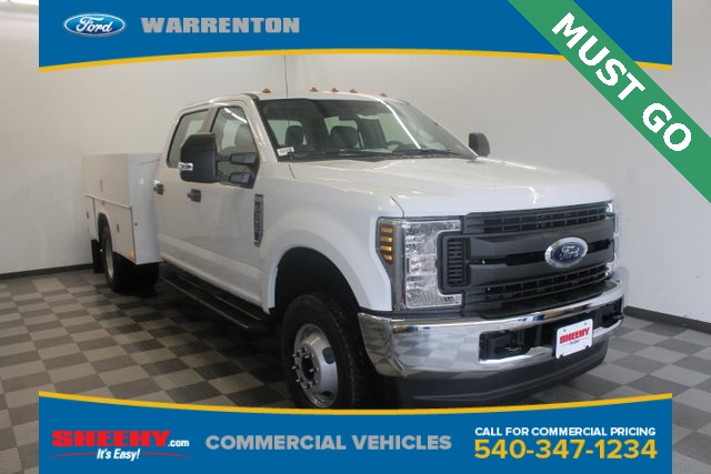 2018 F-350 Crew Cab DRW 4x4,  Reading Service Body #YC95438 - photo 1