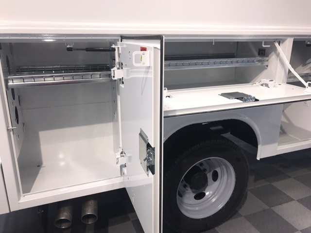 2019 F-450 Super Cab DRW 4x4,  Reading Panel Service Body #YE28374 - photo 8