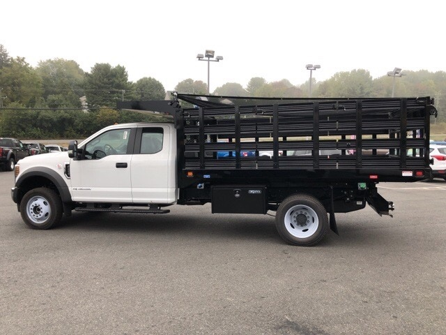 2019 F-450 Super Cab DRW 4x4, Knapheide Value-Master X Stake Bed #YE60171 - photo 8