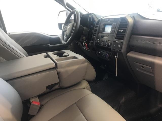 2019 F-550 Regular Cab DRW 4x2,  PJ's Platform Body #YE60632 - photo 8