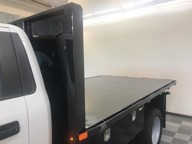 2019 F-550 Regular Cab DRW 4x2,  PJ's Platform Body #YE60632 - photo 9