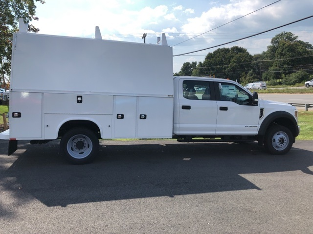 2019 F-550 Crew Cab DRW 4x4, High Roof Enclosed Service Body  #YE93187 - photo 7