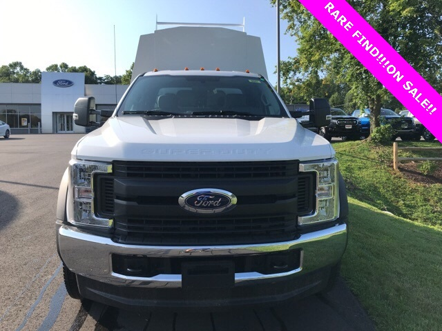 2019 F-550 Super Cab DRW 4x4, High Roof Enclosed Service Body  #YF03416 - photo 4