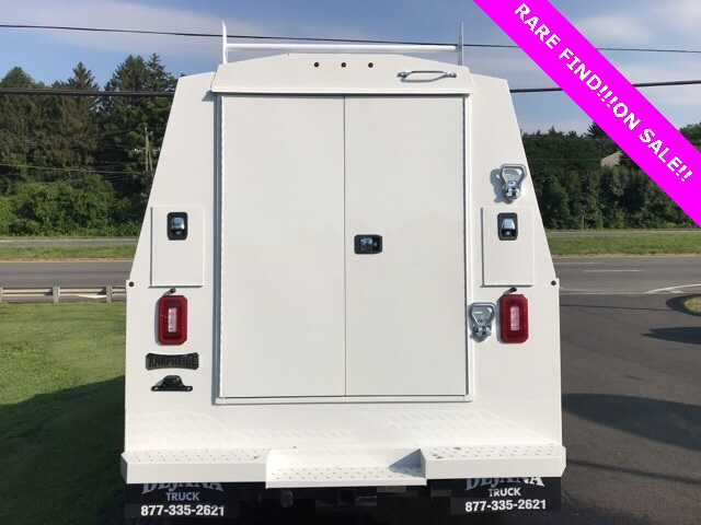 2019 F-550 Super Cab DRW 4x4, High Roof Enclosed Service Body  #YF03416 - photo 2