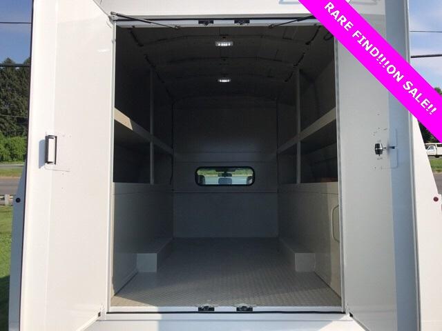 2019 F-550 Super Cab DRW 4x4, High Roof Enclosed Service Body  #YF03416 - photo 8
