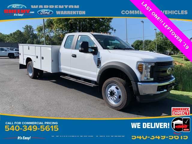 2019 F-450 Super Cab DRW 4x4,  Knapheide Standard Service Body #YF04409 - photo 1