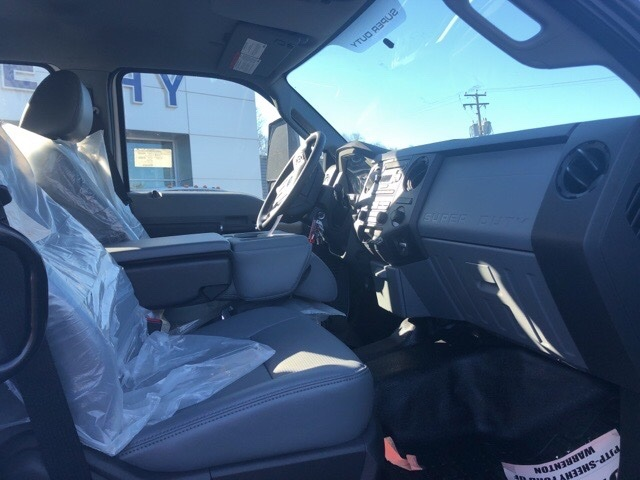 2019 F-750 Crew Cab DRW 4x2, PJ's Chipper Body #YF15456 - photo 4
