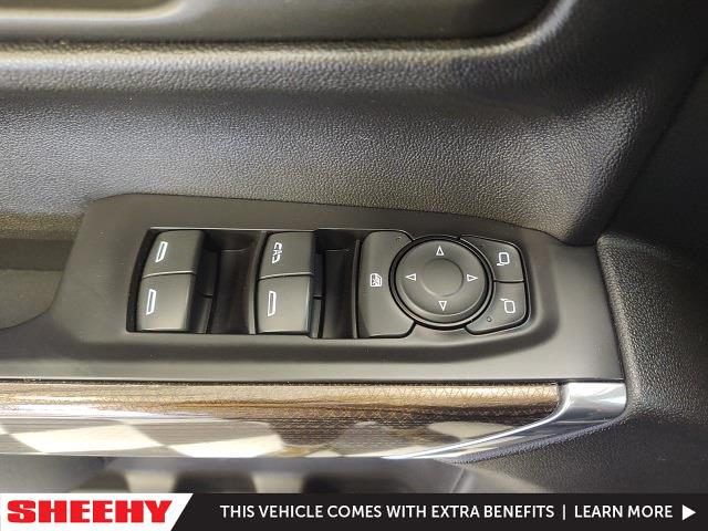 2020 Chevrolet Silverado 1500 Crew Cab 4x4, Pickup #YXWR1579 - photo 11